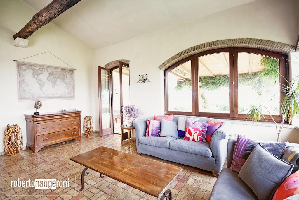 fotografia di interni e architettura per Ville, Hotel, B&B, case in affitto, agenzie immobiliari