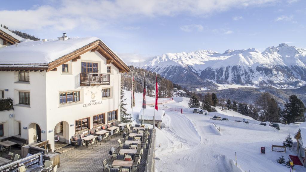 fotografia aerea con drone in Engadina per CHECHA restaurant, Sankt Moritz