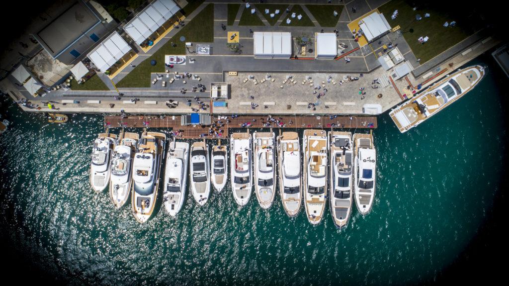 servizi foto e video con riprese aeree effettuate con drone da operatore e pilota certificati ENAC in italia e Svizzera